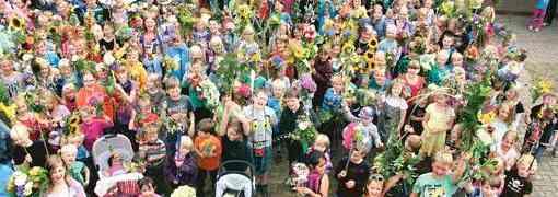 373 Kinder schaffen Weltrekord locker