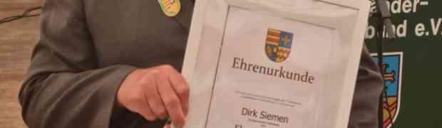 Neues Ehrenmitglied im Ammerländer Schützenbund